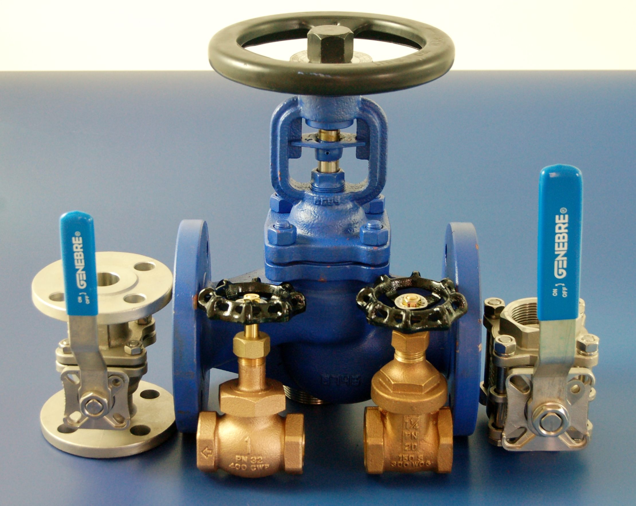 Steam Stop Valves from Besseges, (Valves, Tubes & Fittings